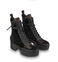 новые пятки для пятки оптовых-зимние новые короткие сапоги на высоком каблуке Мартин сапоги кожаные платформы на толстой подошве Локомотив сапоги Женские Combat + box