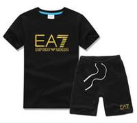 bebê menino esportes terno verão venda por atacado-Venda quente menino crianças define crianças t-shirt e calça crianças conjuntos de algodão bebê meninos meninas verão terno bebê esporte terno amn01-2
