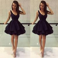siyah kısa kabarık elbiseler toptan satış-Ucuz Siyah Puf Kısa Parti Elbiseler A Hattı Derin V Boyun Saten. Sınıf Gelinlik Modelleri Mezuniyet Elbiseleri