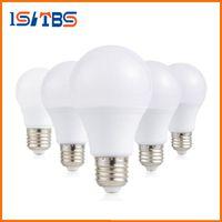 ingrosso a19 ha condotto la lampadina e26-E26 E27 Dimmable Led Lampadine A60 A19 12W SMD Led Lampada calda / fredda bianca AC 110-240V Risparmio energetico