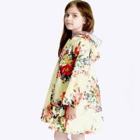 impermeables impermeables para niñas al por mayor-encantador gran flor niños chubasquero poncho bebé impermeable capa de lluvia niños rainwear bebé banda lluvia chaqueta JJ-SYYY104-
