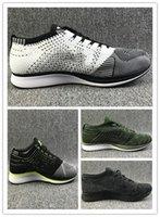 erkekler için sarı rahat ayakkabılar toptan satış-Ücretsiz Kargo Örgü Renkli Volt Oreo fly Racer Casual Ayakkabı Airs Ay Koşu Ayakkabıları Erkekler Kadınlar Eğitmen Sneaker Eur 36-45