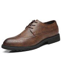 zapatos de vestir dropship al por mayor-Los nuevos zapatos de vestir de los hombres de cuero 2018 otoño Ocio Social Sapato masculino Brogue Negro Zapatos con cordones de calzado de negocios Dropship