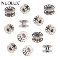 ingrosso caso metallico vuoto-10pcs metallo Bobine Rotary Per macchina per cucire Cucirini Vuoto Bobine Accessori per la casa