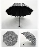 abrigos de cebra al por mayor-Zebra Design 3 Fold Sun Rain Umbrellas Black Coating Sunny and Rainy Umbrella On-Course Umbrella DDA590