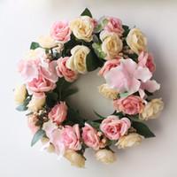 künstliche rosenkranz-girlanden großhandel-Kranz Mode Neue Hochzeit Blume Künstliche Kranz Rose Blumengirlande Romantische Hochzeit Tür Dekoration