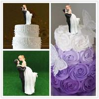 wedding cake supplies decorations achat en gros de-2018 Date Romantique Mariée Gâteau Toppers Gâteau De Mariage Fournitures Résine Figurine Artisanat Souvenir De Mariage Décorations