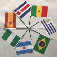 nakliye bayrakları dünya toptan satış-Presale 2018 Rusya Dünya Kupası El Bayrakları 32 ÜST ülkeler 8 # 14 * 21 cm dize bayrağı asılı dünya ulusal ilçeleri bayrak 5-7 gün nakliye