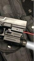 taschenlampe für pistolen großhandel-Neue Pistole Red Dot Laser Sight + 200 Lumen LED-Taschenlampe GLK, SW, SIG, XD, BERETTA