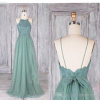 gefaltetes hellgrünes kleid großhandel-Modest Dusty Green Brautjungfernkleider 2018 Spitze Illusion Lange Tüll A-Line Backless Abendkleider Party Lace Modest Trauzeugin Kleider