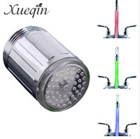 ducha cambia el color del agua al por mayor-3 Color que Cambia la Luz LED Grifo de Agua Grifos de Cabezal Sensor de Temperatura RGB Brillo LED Ducha de Baño Ducha Grifo de la Ducha