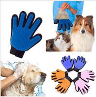 ingrosso pettine di rimozione dei peli da compagnia-6 colori New Pet Spazzola per cani Pettine per cani Guanto in silicone Bath Mitt Pet Dog Cat Massage Rimozione dei peli Grooming Magic Deshedding Glove B