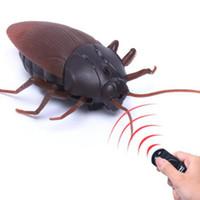 erwachsene spielzeug für junge großhandel-Simulation Infrarot RC Fernbedienung Scary Creepy Insekt Cockroach Spielzeug Halloween Geschenk für Kinder Junge Erwachsene
