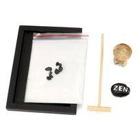 çakıl taşı bahçesi toptan satış-Plastik Modern Kiwarm Mini Zen Garden Kum Kiti Ofis Hediye Dekor Kayalar Rake Pebble Kum Barış Masa Süsleri 15 cm
