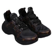 zapatillas de deporte cómodas al por mayor-Diseñador LOVER V Shoes Trainer Zapatillas deportivas para mujer Calzado casual deportivo Cuero cómodo Clásico al aire libre