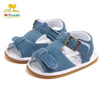 suela de goma de zapatos para caminar de bebé al por mayor-Venta grande nuevo bebé caliente pu niño zapatos bebé niño niña aprendiendo primero caminando Color sólido Zapatos simples suela de goma lx18