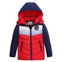 erkekler patchwork ceket toptan satış-Bir çocuk için çocuk Kış Ceket Patchwork Kapüşonlu Ceket Sıcak Giyim Pamuk-yastıklı Mont Çocuk Giyim 4-8 Yıl için