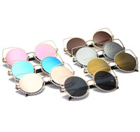 Wholesale sexy woman sunglasses for sale - Group buy Crystal Diamond Cat Eye Sunglasses fashion sexy avant garde reflective Mirror Diamond Decoration Glasses street photography glasses LJJG10