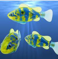 batteriebetriebener roboter großhandel-Elektronische fische dekorieren neue ankunft kunststoff lustige schwimmen elektronische roboter fisch aktiviert batteriebetriebenes spielzeug