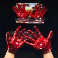 ingrosso guanto di ferro-Guanti uomo iron man giocattolo regalo Cospaly Iron Man mobile braccio indossabile guanto arma mano cartoon finger gloves novità articoli GGA1231