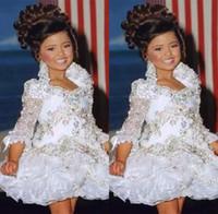 glitzkleider für mädchen großhandel-Glitz Pageant Kleider für Mädchen kleine Mädchen Kleider 3/4 Ärmel Perlen Crystal Strass Rüschen Cupcake Blumenmädchen Kleid