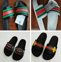 nuevas zapatillas de moda para hombre al por mayor-2019 Nueva moda Hombre Mujer sandalias Pisos Casual Zapatillas de playa Chicos Verano Sandalias chanclas