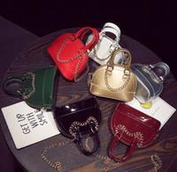 altın kabuk çantası toptan satış-Çocuk Kız Çanta Toptan Mini Kabuk Altın Zincirler Prenses Çanta Şeker Messenger Çanta Çapraz Vücut PU Cep Satchel Çanta Çocuk Hediyeler