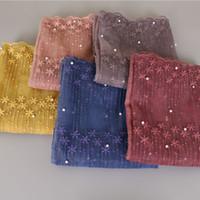 bufanda venta hijab al por mayor-Venta caliente Laven Lace Scarf Lacework Pearls Bandhnu Pashmina Moda Tie-dye Bufanda Algodón Bandana Muslim Hijab Poncho Wrap Head Beads chal