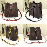 bolsas reais venda por atacado-Atacado Orignal moda de couro real famosa bolsa de ombro Tote bolsas de grife presbiopia saco de compras bolsa messenger bag Neonoe