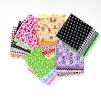 pedaços de tecido de tecido venda por atacado-moodcome 30 peças / lote 10 cm x 10 cm charme pacote de tecido de algodão patchwork bundle tecidos pano tilda costura DIY tecido quilting
