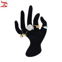 tocar as mãos exibidas venda por atacado-Atacado 100% novo anel de acrílico display display de jóias OK mão forma dislay preto