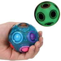 ingrosso giocattolo magico della sfera della sfera-Luminoso Magic Rainbow Ball Stress Reliever Fun Cube Fidget Puzzle giocattolo educativo per bambini Istruzione Toy KKA4840
