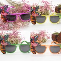 солнцезащитные очки для моделирования оптовых-Летние солнцезащитные очки Гавайи Песчаный пляж ананас хула фламинго пластиковые стекла партии мяч моделирование одеваются аксессуары 3 6qt UU