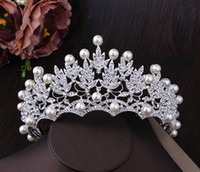 accesorios de joyería para la cabeza al por mayor-2020 Wedding Crown Fashion Nupcial Casco Accesorios para el cabello Perla Coronas nupciales Tiaras Head Jewelry Rhinestone Nupcial Tiara Diadema