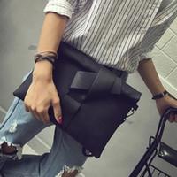 pochette noire achat en gros de-Nouvelle Mode Femmes Enveloppe Sac D'embrayage Toile Femelle Embrayages Femmes Noir Sac À Main Poignet D'embrayage Bourse Sacs De Soirée Bolsas