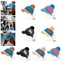 ağzı kesilmiş bezelye toptan satış-Geyik Kasketleri Şapkalar Kış Örme pom Kap Brim At Kuyruğu Dağınık Bun Katı Nervürlü Beanie Sıcak Şapkalar şapkalar GGA1174