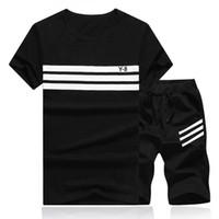 ingrosso abiti da spiaggia per gli uomini-2018 Summer Set Men Causali Beach Suit Short manica corta 2PCS Sweatsuit + Pants Fashion Tuta Mens Sportsuits T-shirt + Pantaloncini