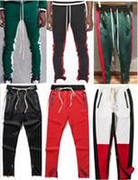 2019 Nuovo lato Fear Of God pantaloni con cerniera hip hop Moda urbana  abbigliamento rosso fondi justin bieber FOG pantaloni jogger Nero rosso 19  stile S-XL 8b0cfe6c4414