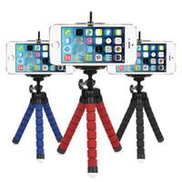 universal iphone mount venda por atacado-Universal Mini Flexível Tripé Câmera Octopus Monopé Portátil Tripé Titular Estande Esponja Com Clip Para iPhone Xiaomi Samsung Huawei
