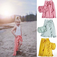 pantalones cortos chicas verde al por mayor-Verano Cute Fashion Kids Baby Girl Shorts Pantalones Volantes Hemlines Verde Rosa Amarillo Beach Summer Outfits