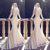 Wholesale sleeved beach wedding dresses for sale - 2018 Muslim Pakistan Middle East Wedding Dresses High Neck White Applique Lace Long Sleeved Bridal Wedding Gowns