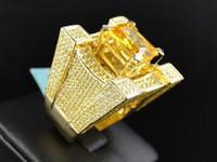 gelbe smaragdringe großhandel-18 Karat Gelbgold über Mens Iced Out Solitaire Smaragd gelb Diamond Pinky Cocktail Ring Größe 6-13 #