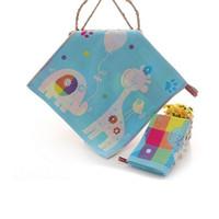 serviettes de toilette mignonnes achat en gros de-Vente en gros- (5 pièce / lot) Belle peinture de bande dessinée mignonne 100% coton serviette de bain pour les enfants bébé carré 35x35 cm dans l'usine de salle de bain directe