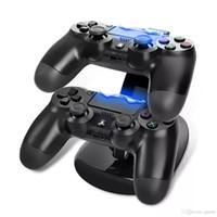 xbox dock toptan satış-Çift Kontrolörleri Şarj Dock İstasyonu Sony PlayStation 4 Için Standı Kablosuz PS4 XBOX ONE Gamepad Oyun Kontrolörleri Paketi Ile