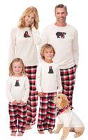 aile takımı eşleştirme kıyafeti toptan satış-Noel Ekose Pijama Eşleşen Aile Xmas Pijama Kıyafet Karikatür Ayı Kazak Üst + Çizgili Izgara Pantolon Ebeveyn-çocuk Bedrpijama pijama sıcak