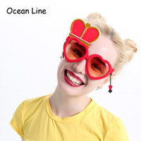 Wholesale red heart queen online - Alice In Wonderland Red Queen Costume Glasses Cosplay Heart Wedding Props Favors Festive Party Supplies Decoration Accessories