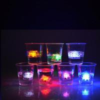 многоцветные рождественские огни для оптовых-Светодиодные кубики льда огни многоцветный Кристалл мигает кубики льда для клуба свадьба шампанское башня рождественские украшения