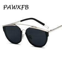 lunettes de soleil de célébrité achat en gros de-PAWXFB Trendy Fashion Square Lunettes de soleil Unisexe Marque Designer Celebrity lunettes de soleil Haute qualité Lunettes Oculos de sol Feminino