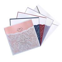 gelin davet kağıtları toptan satış-10 Adet Davetiyeleri veya Tebrik Kartları Kitleri Kare Lazer Kesim Dantel Çiçek Cep Düğün Gelin Duş Festivali Olay Parti Malzemeleri