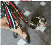 cinturones de seguridad para perros al por mayor-Nuevo estilo collar de perro intermitente collar de seguridad correas para mascotas moda Teddy Schnauzer correa ajustable chaleco collar cinturones de seguridad para el automóvil